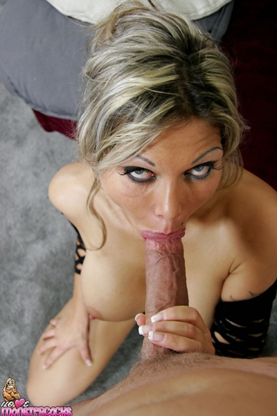 ana nova sucking a big cock